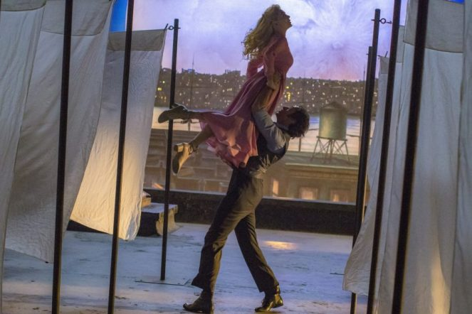 Michelle-Williams-and-Hugh-Jackman-THE-GREATEST-SHOWMAN